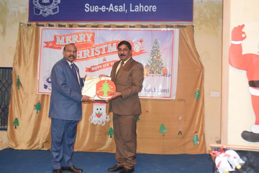 Christmas-Sue-e-Asal-15