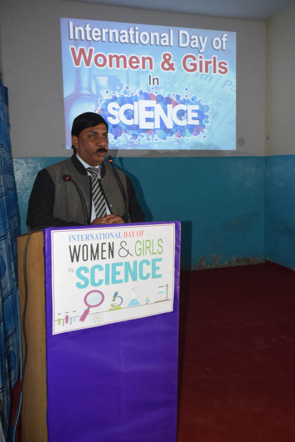 Womens-Girls-in-Science-12